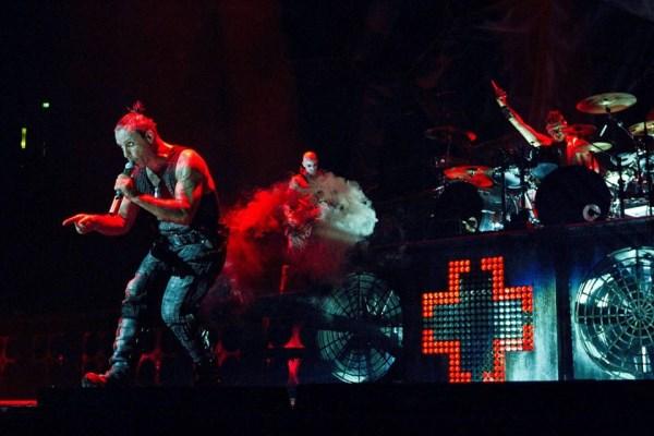 Rammstein live Romania 2010 (600 x 400)