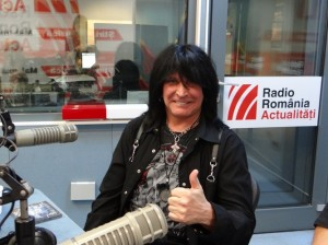 Michael Angelo Batio in studioul RRA