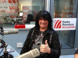 Michael Angelo Batio in studioul RRA