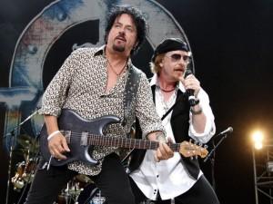 Steve Lukather și Joseph Williams