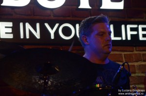 Craig Blundell live in Tribute