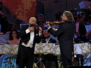 Andre Rieu si Gheorghe Zamfir a