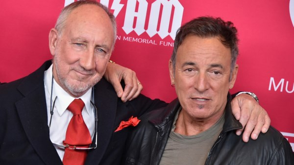 Bruce Springsteen si Pete Townshend (600 x 337)