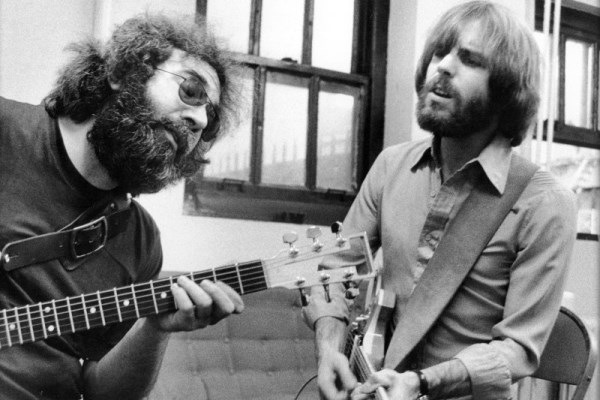 bob weir and jerry garcia (600 x 400)
