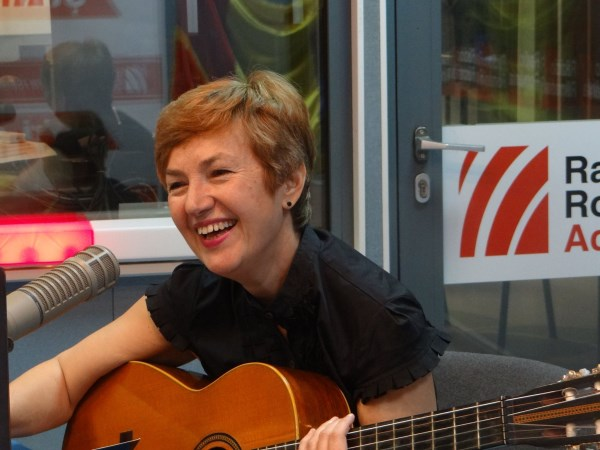Mihaela Bustuchina Vlaicu la Radio Romania 2015