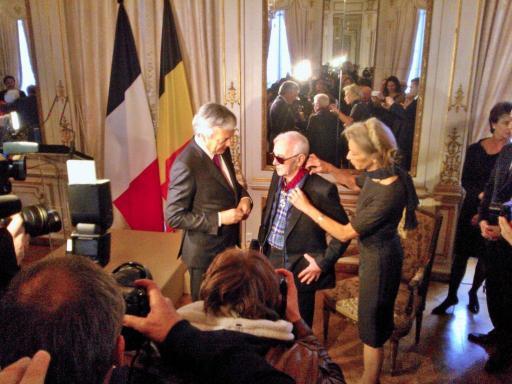 Charles Aznavour, decorat de Regele Philippe al belgiei