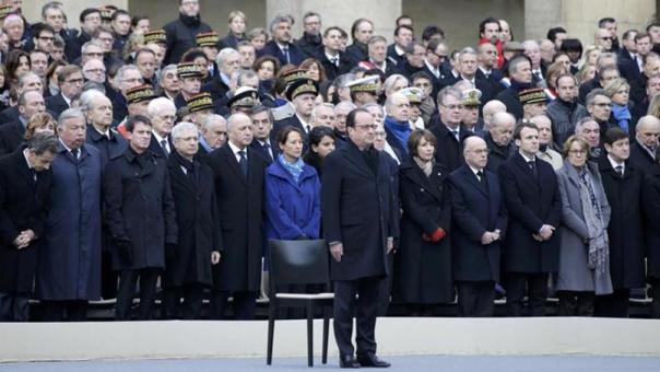 Omagiu victimelor din Franta a