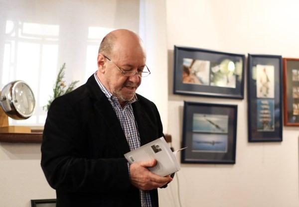 Galerie foto semnată de motionARThoughts (Brânduşa Balan)