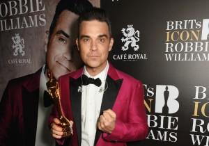 Robbie Williams Brit Awards 2017 a