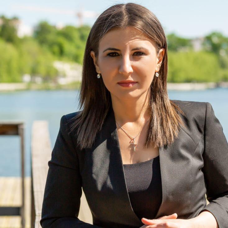 Foc de P.A.E. cu Andrei Partoș - episodul 524. Invitată: Ioana Constantin (23.05.2021)